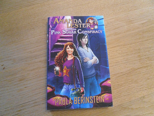 Amanda Lester and the Pink Sugsr Mystery Paperback
