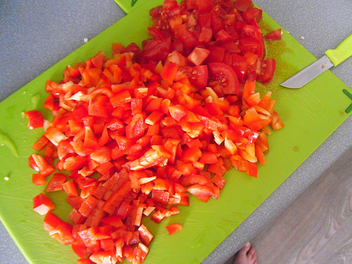 red bell pepper with tomato