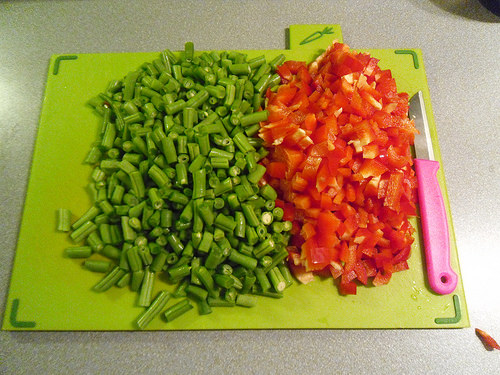 Green-beans-and-red-bell-pepper