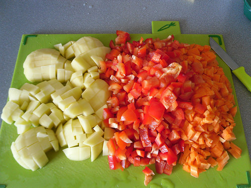 Potatoes-carrots-and-red-bell-pepper
