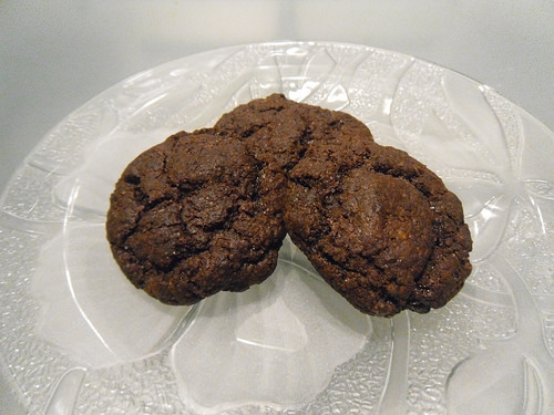 Chocolate-Cookies-with-Cinnamon-and-Cayenne-Pepper-close-up