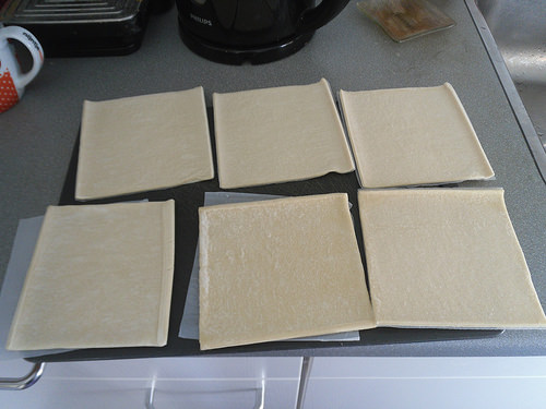 Quiche dough pieces