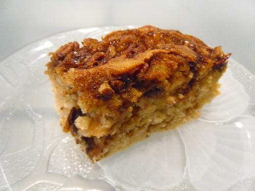 Cinnamon-Swirl-Cake-with-Pecans-close-up-2
